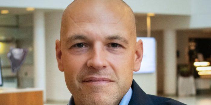 tony dommartine försäljningschef på länsförsäkringar fastighetsförmedling.