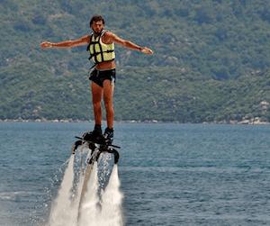 Adrenalinfyllda aktiviteter som stärker ditt team