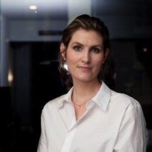 Emma Engebretzen, Assessio